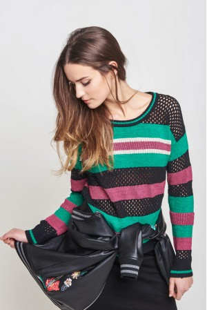 Chunky Knit Pullover With Stripes